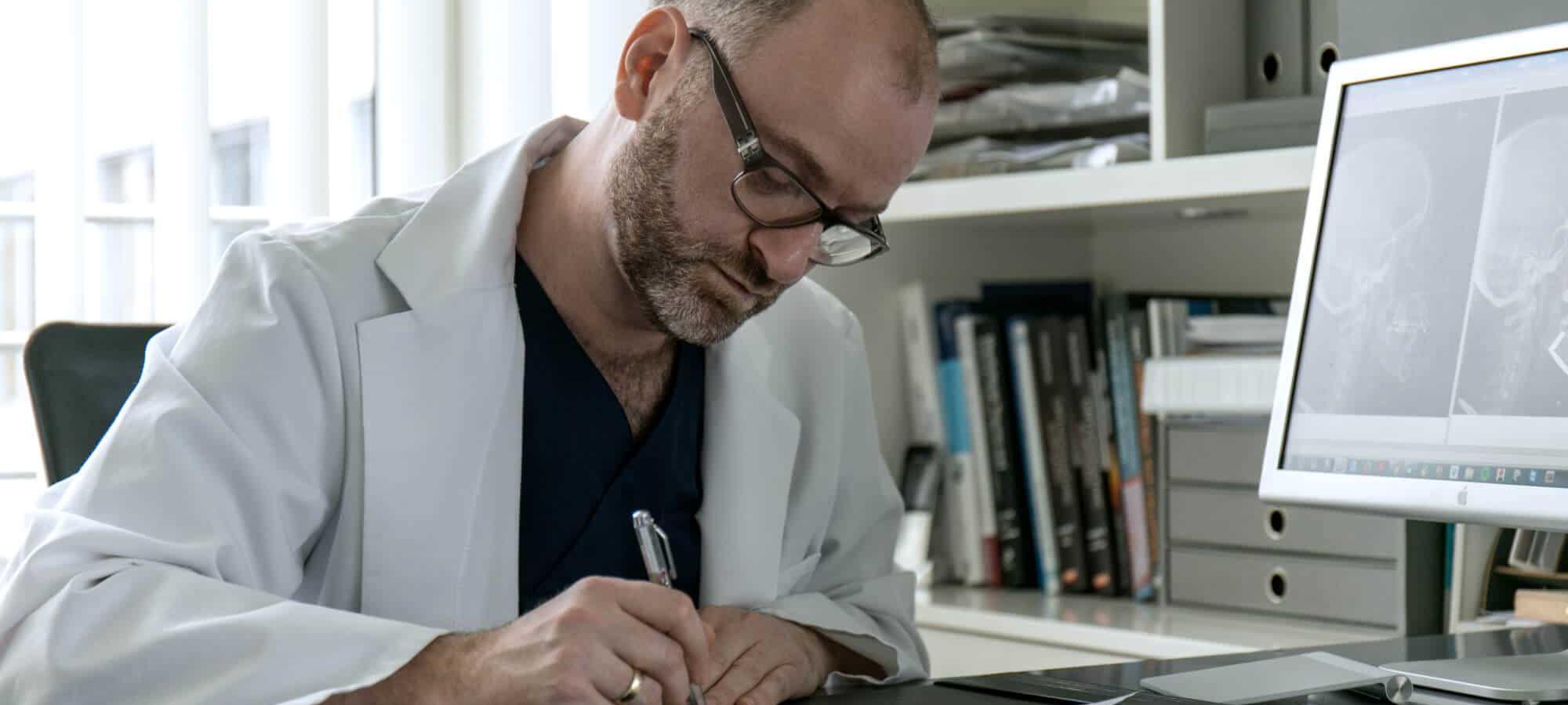 Dr. Groisman Implantologe | groisman & laube Frankfurt